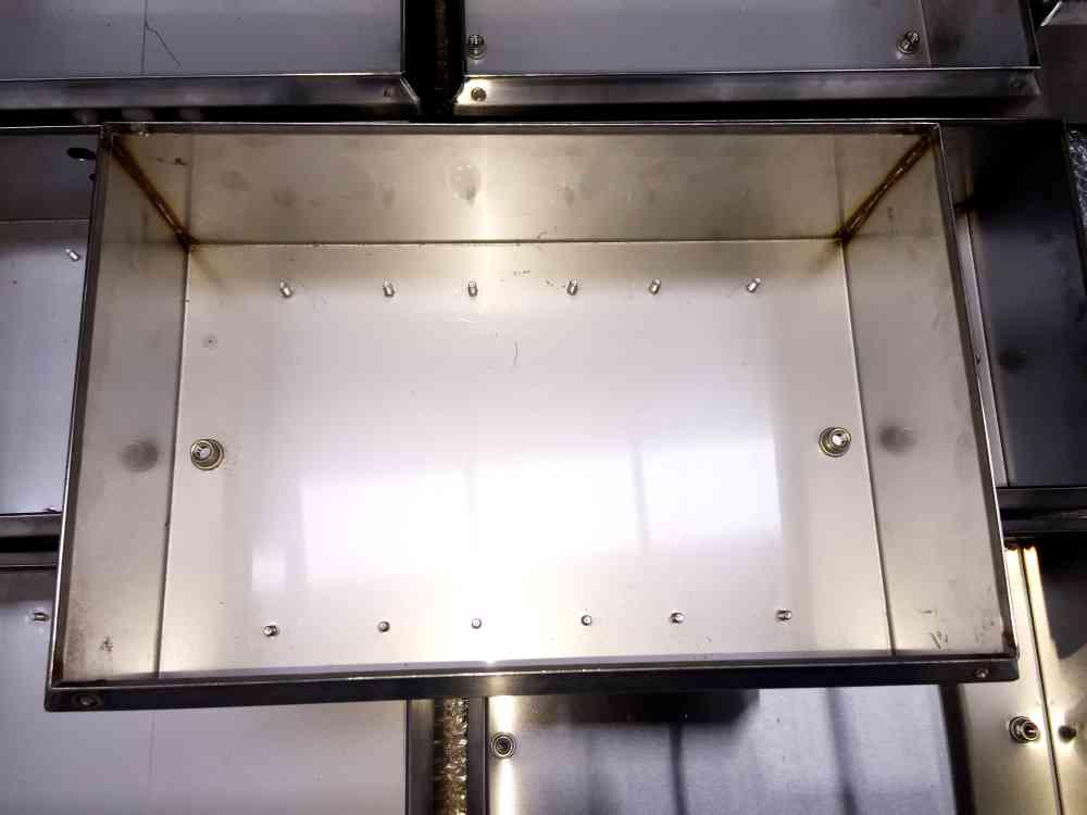fabricated metal welded box