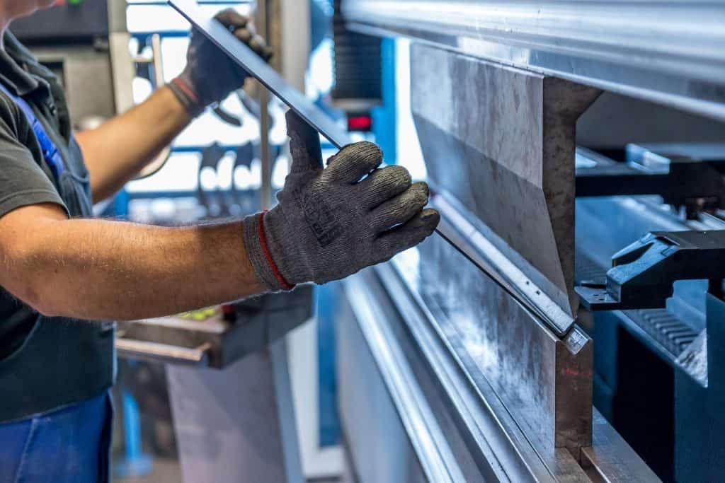 Folding fabrication